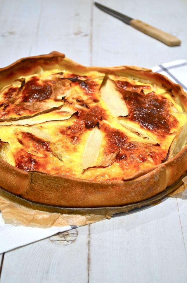 Hartige taart  met witlof