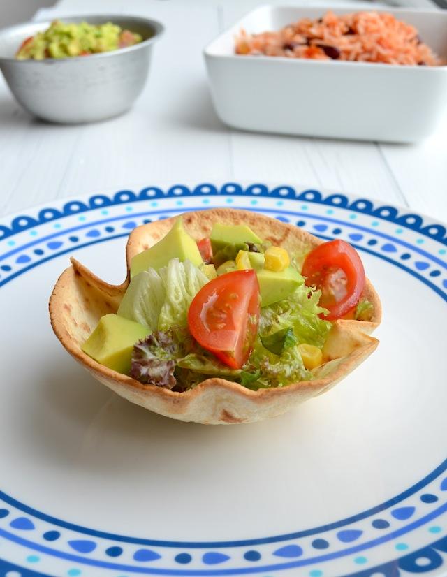 taco cups met mexicaanse salade