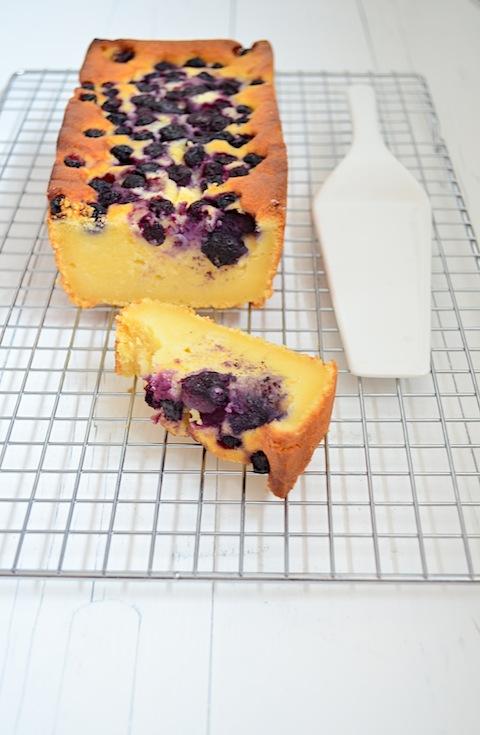 cake met blauwe bessen