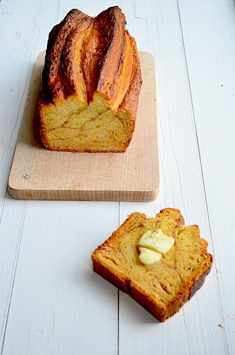 cinnamon croissant loaf