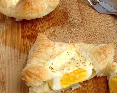 eieren in bladerdeeg