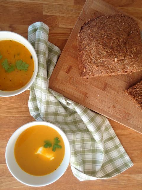 gele paprika soep
