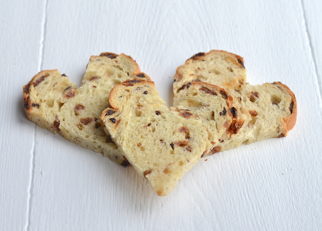 wentelteefjes van krentenbrood