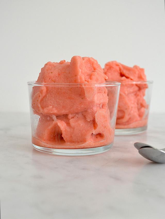aardbeien-limoensorbet
