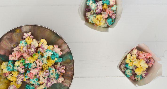 https://uitpaulineskeuken.nl/2014/11/kidsproof-regenboog-popcorn.html
