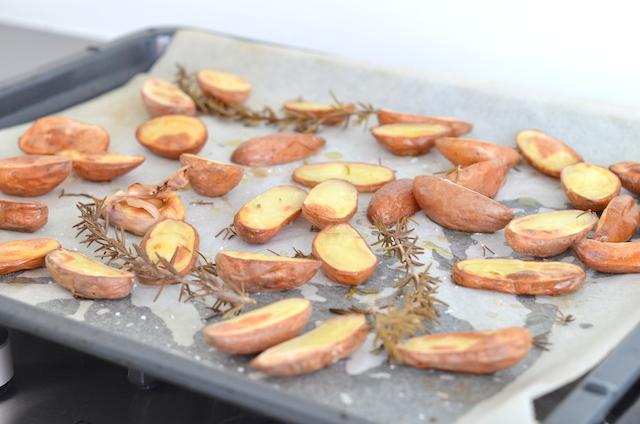 roseval aardappeltjes met rozemarijn