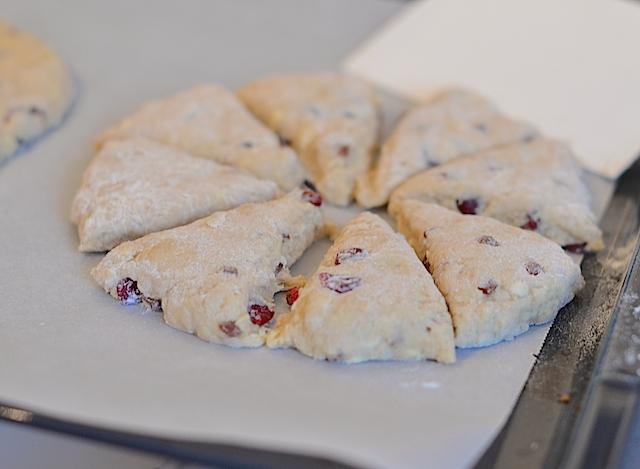 scones met cranberries