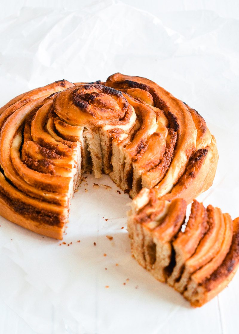 cinnamon-roll-1.jpg
