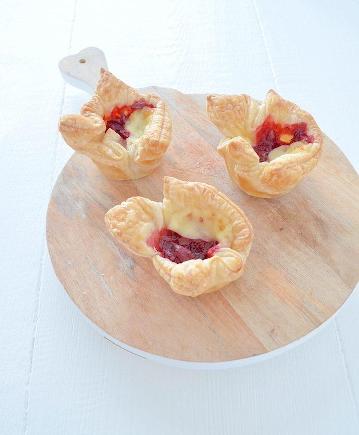 Cranberry brie hapjes