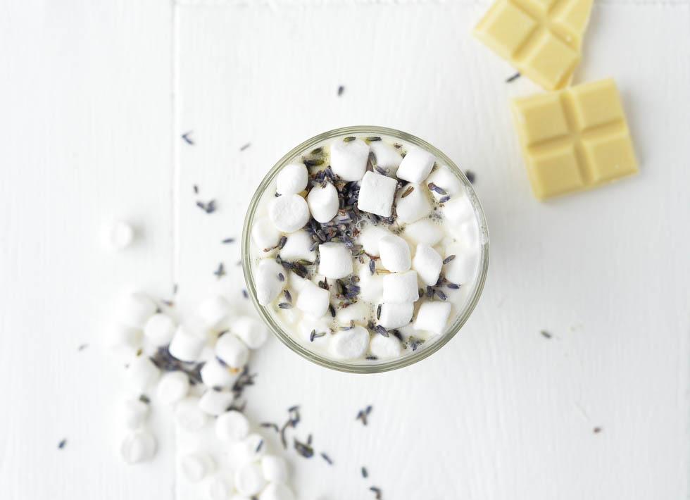 Witte-chocolademelk-lavendel-5.jpg