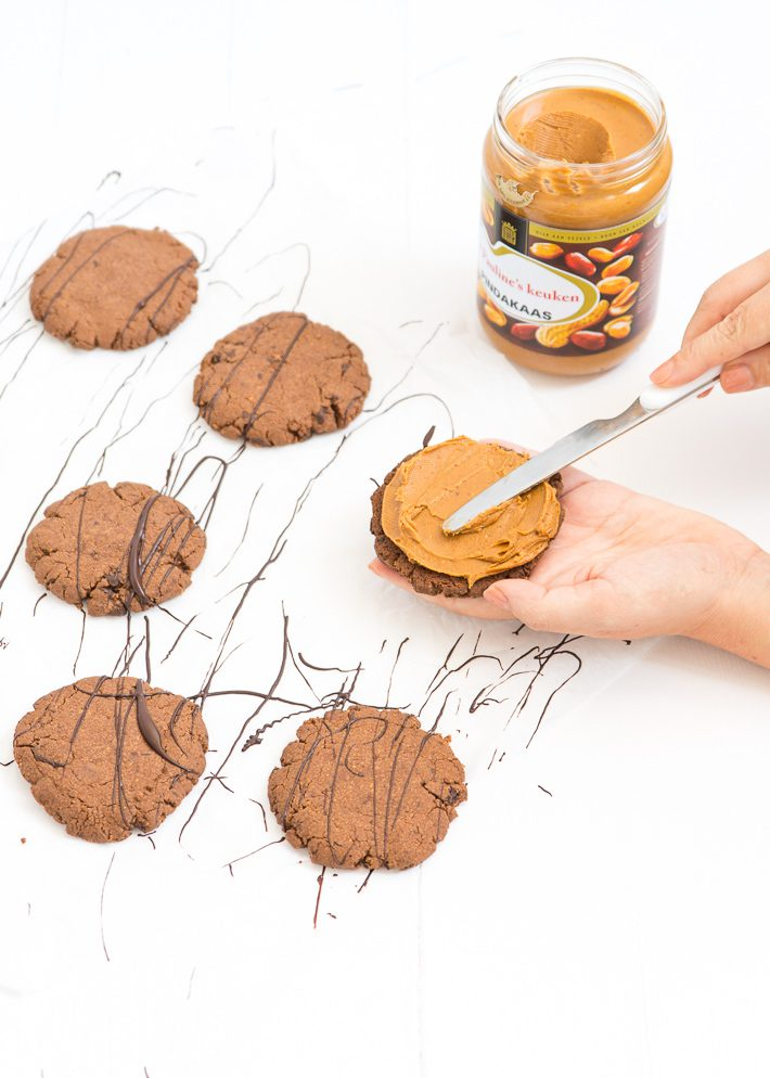 peanutbutter-icecream-sandwiches-17