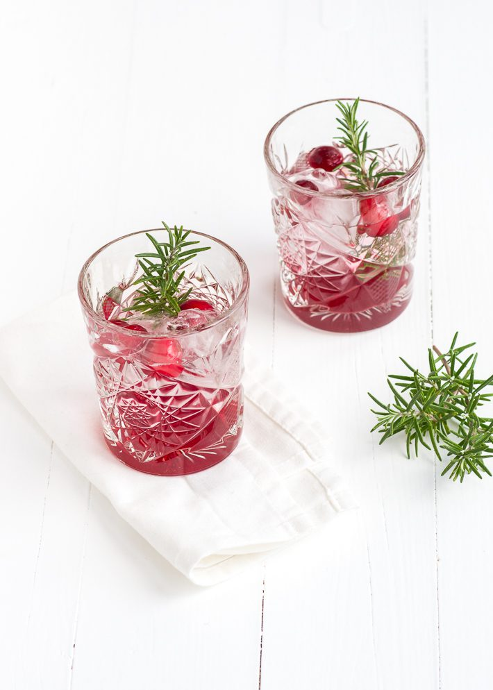 cranberry-gin-tonic-1-1