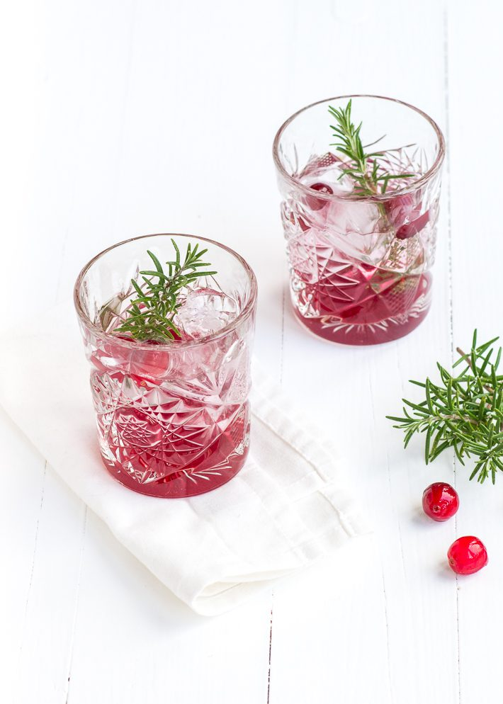 cranberry-gin-tonic-2-2