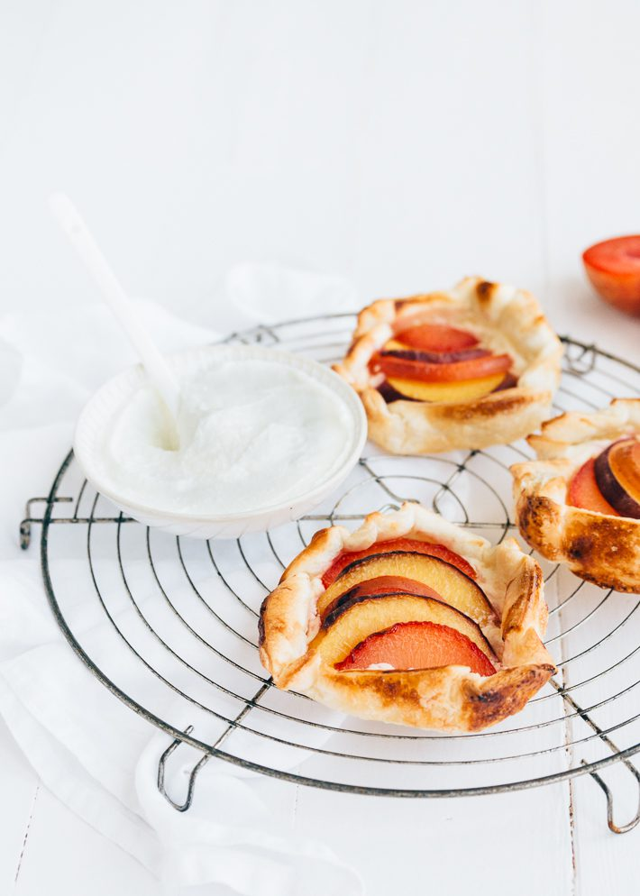 Mini galettes met steenfruit