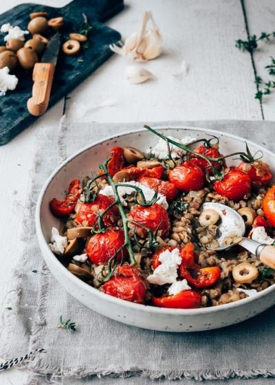 Linzensalade met zongedroogde tomaatjes