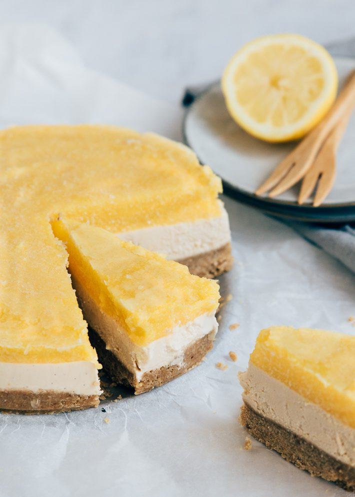 Vegan cheesecake met mango