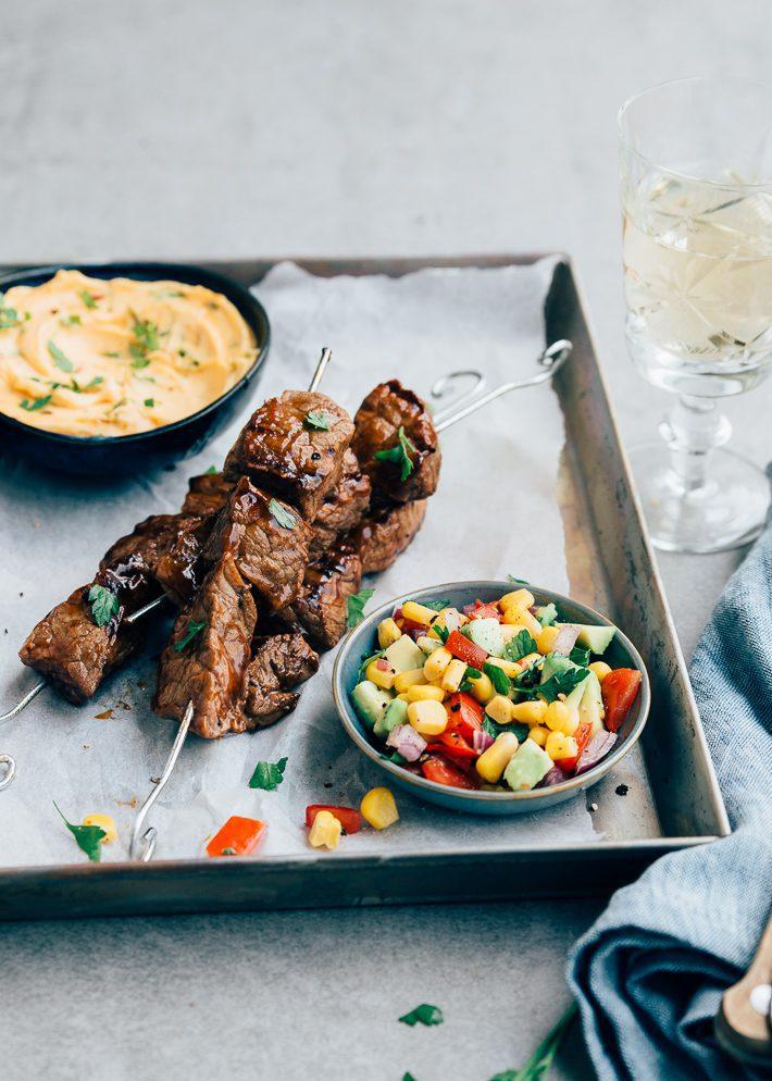 barbecue spiezen met biefstuk