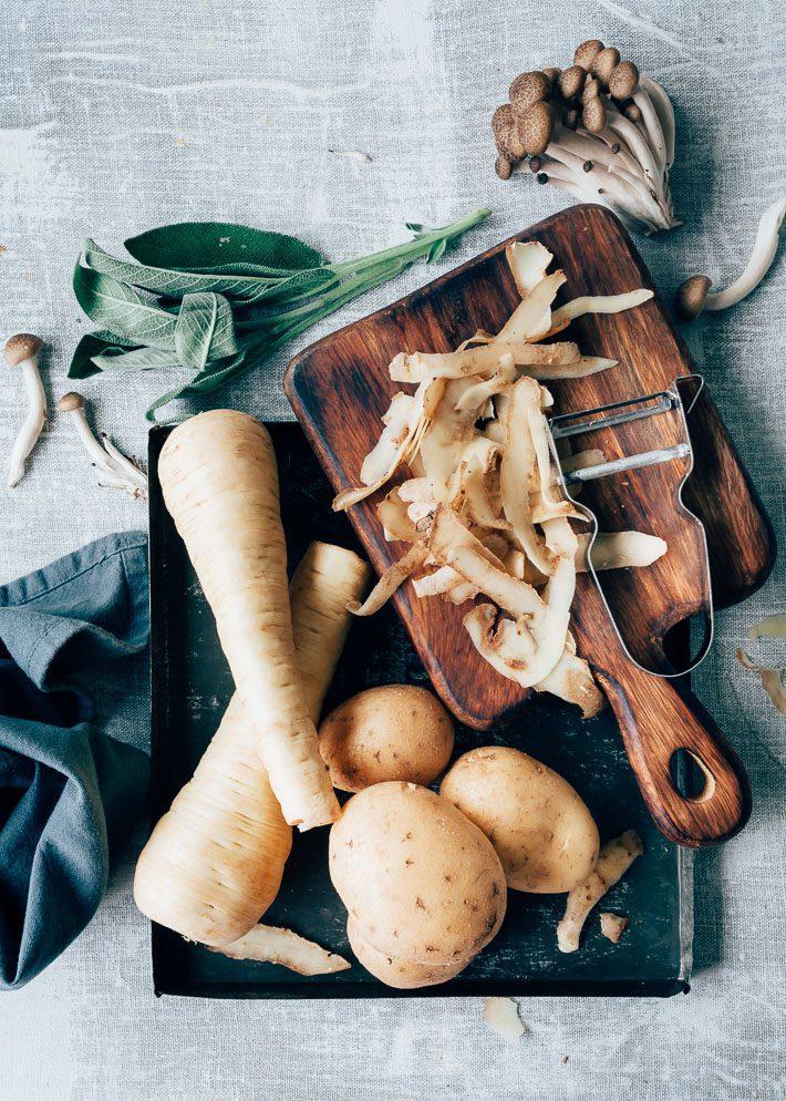Aardappel- en pastinaakpuree met paddestoelen