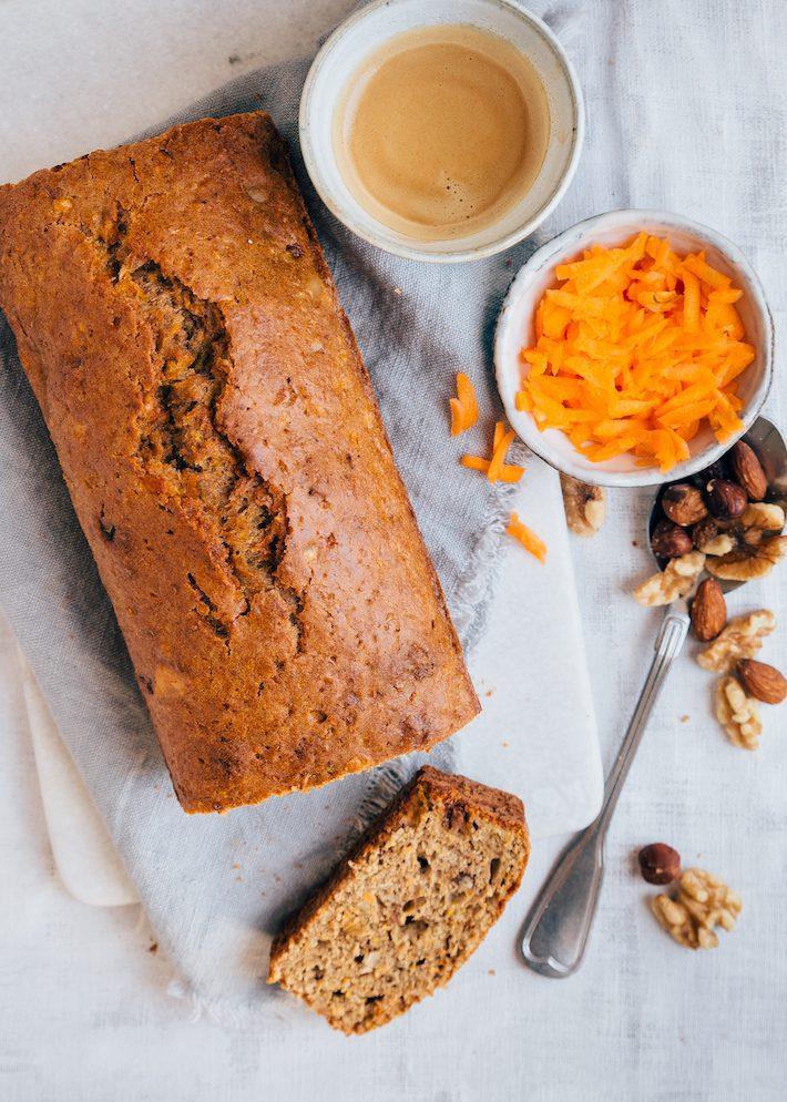 carrot-cake-flatlay-2.jpg
