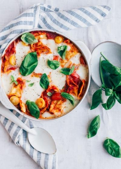 Ravioli uit de oven met mozzarella