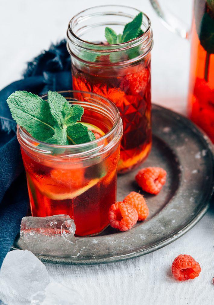 Hibiscus ijsthee met frambozen