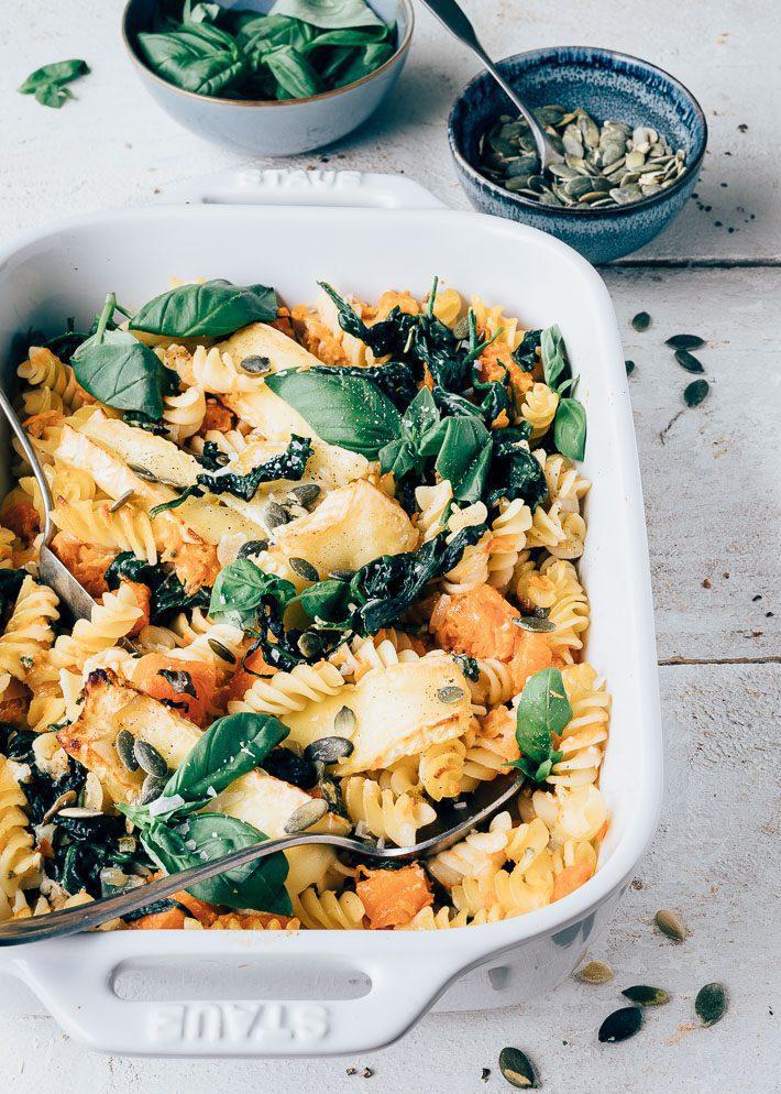 Pasta ovenschotel met pompoen en spinazie