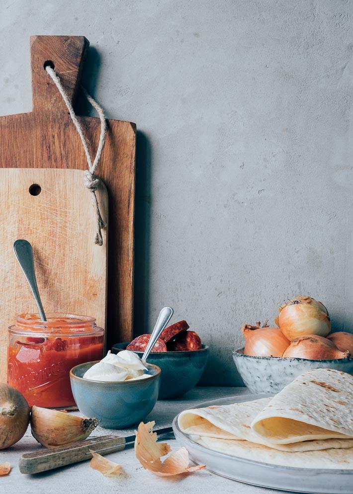 Mexicaanse ovenschotel met kip en chorizo