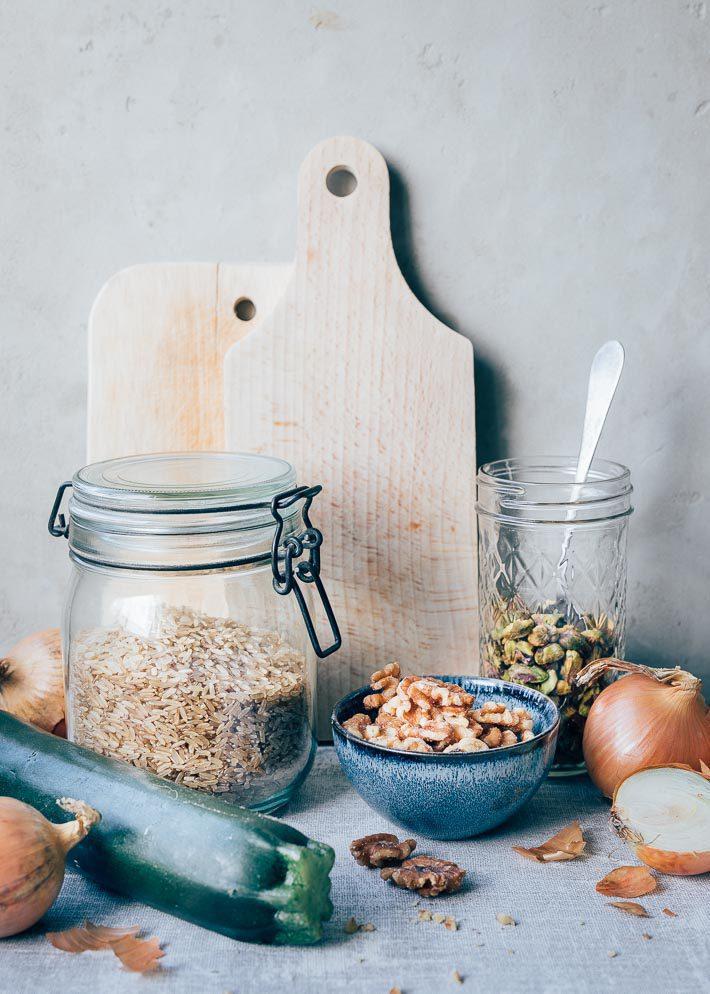 Pilav met courgette en noten