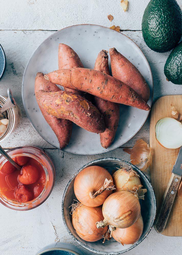 Vega enchilada's met boerenkool en zoete aardappel