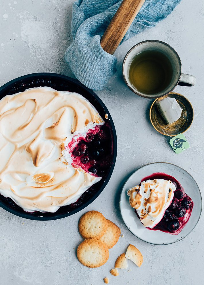 Warm fruit uit de oven met meringue