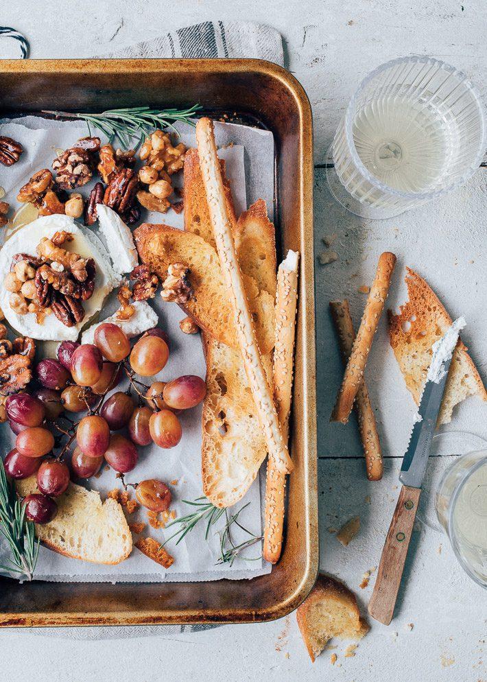 Honingnoten, geitenkaas en geroosterde druiven