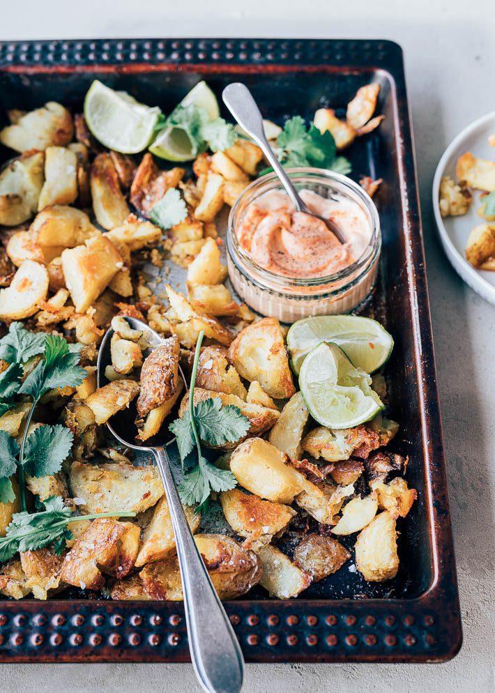 Aardappels uit de oven met pittige mayo