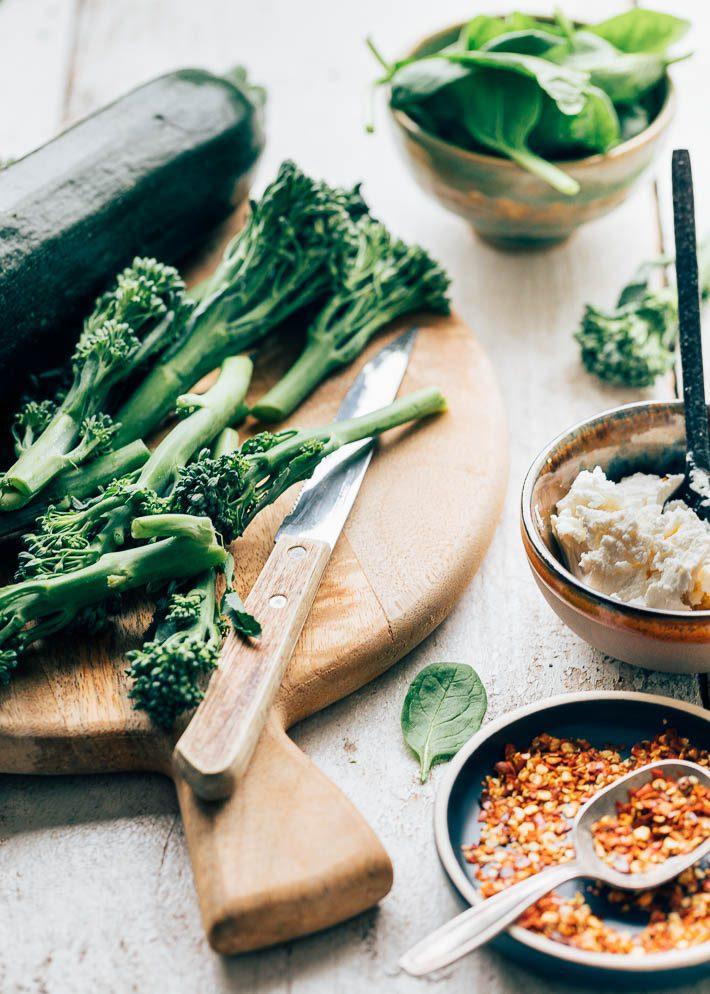 Bladerdeeg plaattaart met spinazie en ricotta