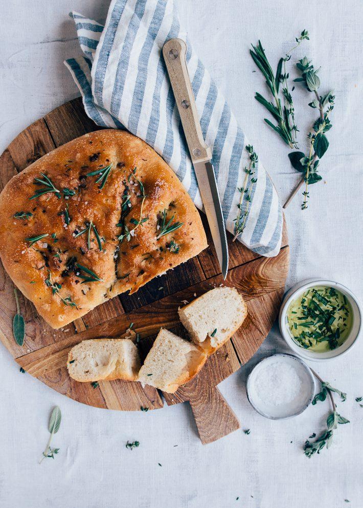 Focaccia-brood-uit-de-airfryer-2-2.jpg