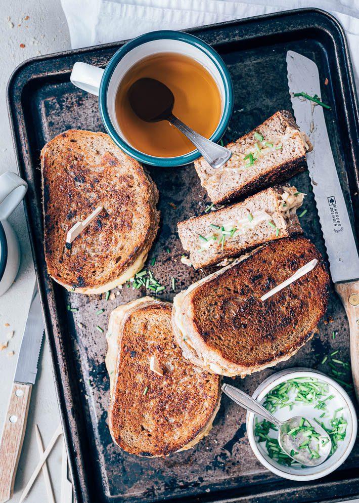 Tuna melt tosti's