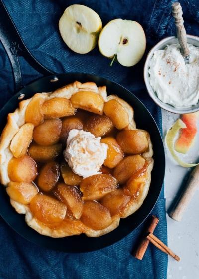 Tarte tatin met appel en kaneelijs