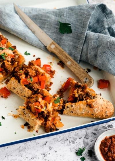 Gevuld stokbrood met gehakt