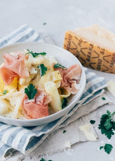 Pasta met asperges en ham